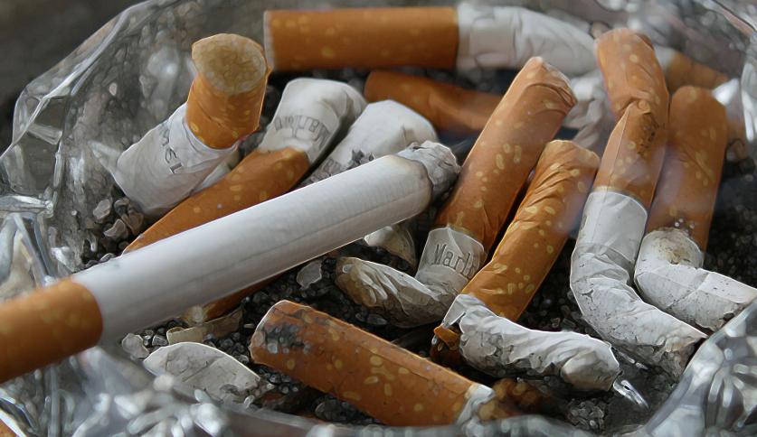 Stelling: Ik stap bewust af op een roker als ik last heb van sigarettenlucht